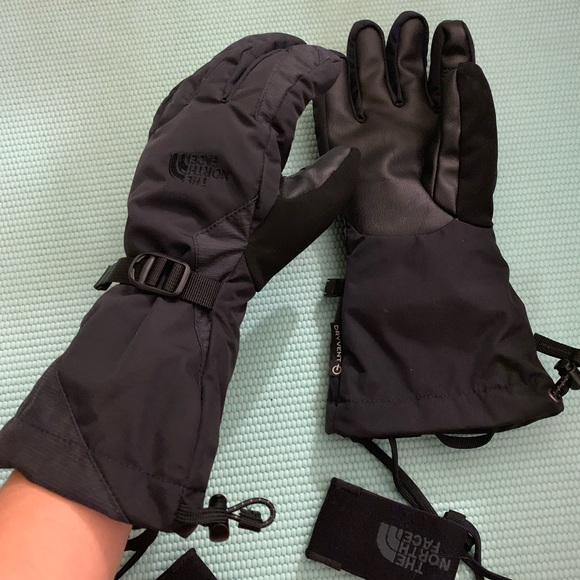 25270134c North Face Montana Ski Gloves (etip, gore-tex)
